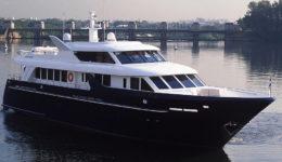 Аренда супер яхты в Москве